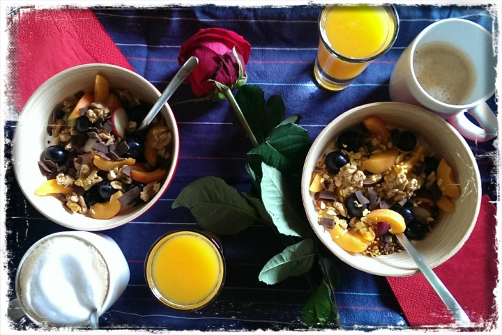 150801 frühstück im bett