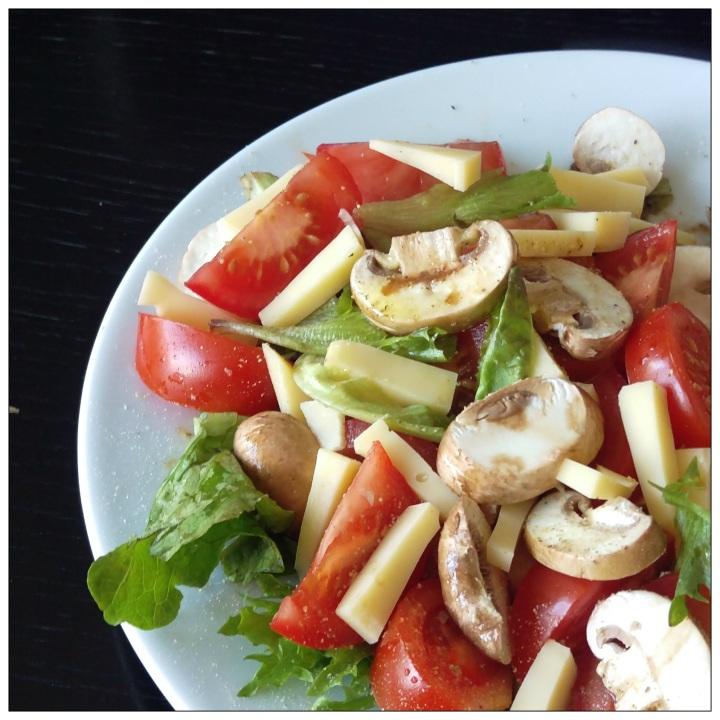 151029 salat m käse