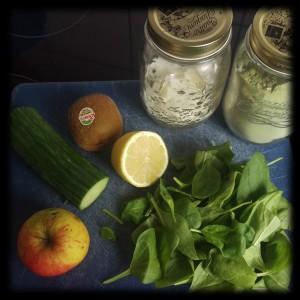 151123 grüner kiwi-smoothie 1