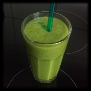 151123 grüner kiwi-smoothie 2