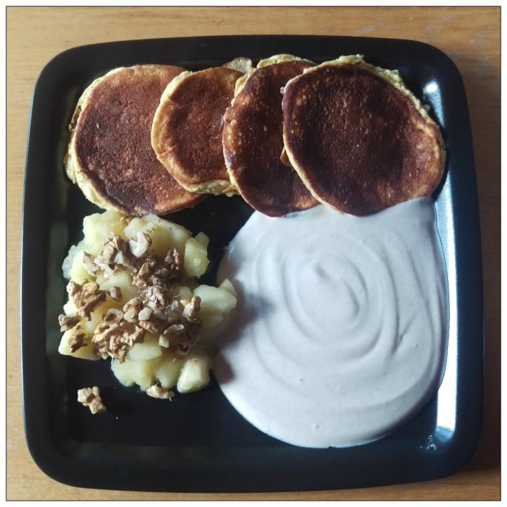 151230 pancakes m apfel u joghurt