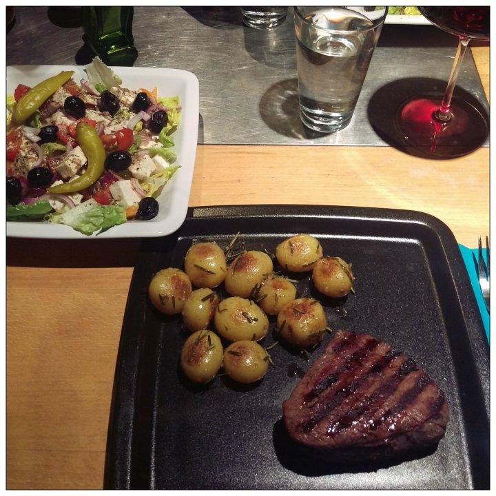160330 steak m drillingen u griech salat