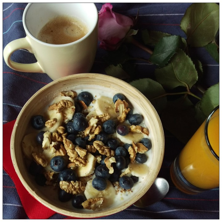 160416 joghurtporridge m banane u blaubeer