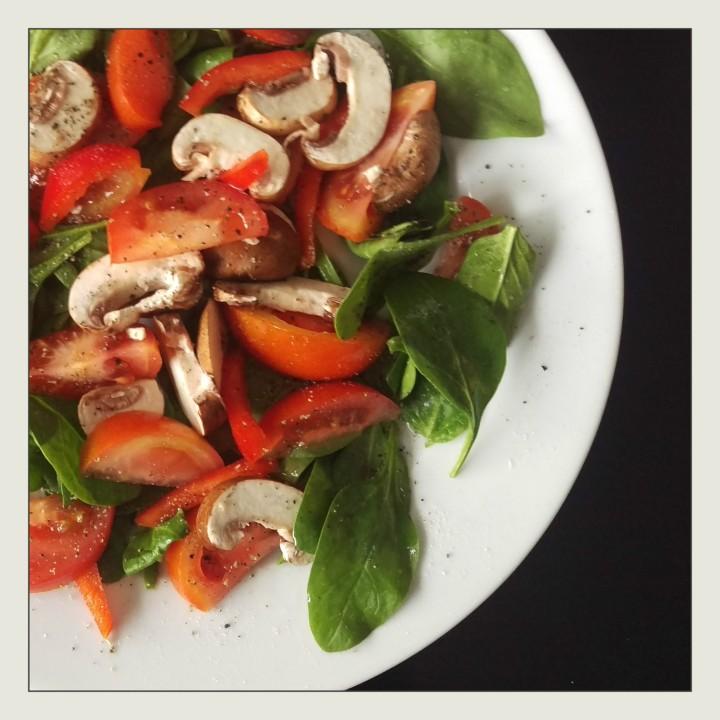 160520 spinat tomaten salat
