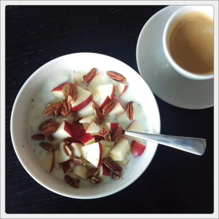 160525 zitronenjoghurt m apfel u pekan