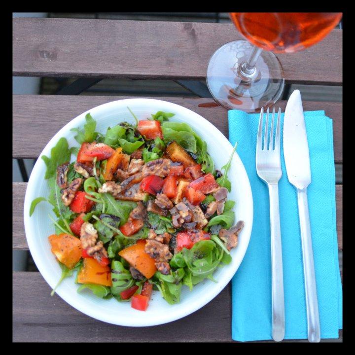 160810 rucola-salat m kand walnüssen