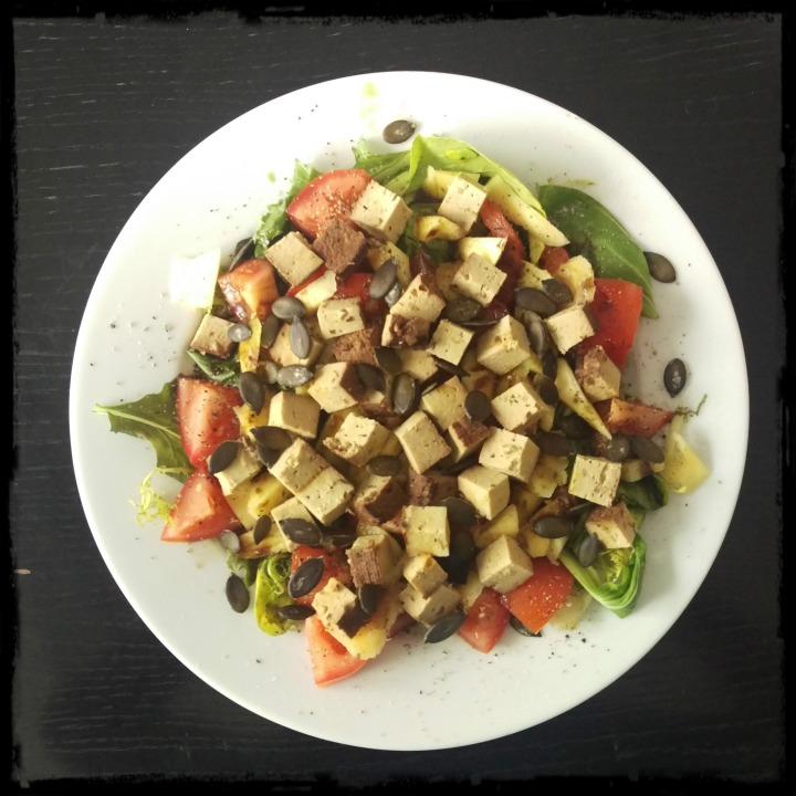 160823 salat m mango u tofu
