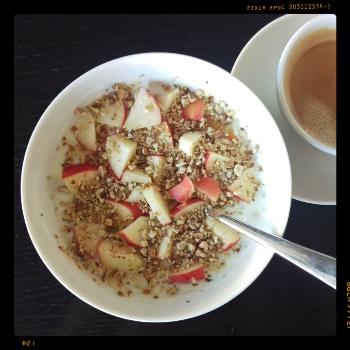 161022-zitronenjoghurt-apfel-erdmandelcrunch